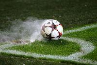 أغرب اللقطات في عالم كرة القدم