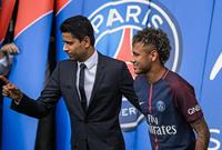 صورة  مالك باريس سان جيريمان مع نيمار