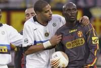 في 2005 تعرض «اللاعب زورو، لواقعة حيث قرر زورو الانسحاب من الملعب في مباراة ضد إنتر ميلان بسبب هتافات الجماهير العنصرية ضده.