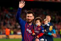 النجم الأرجنتيني ليونيل ميسي رفقة أبنائه