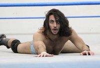 منصور الشهيل فاز بأكبر نزال في تاريخ WWE الذي أقيم في مدينة جدة والذي شارك فيه 50 نجمًا من نجوم اللعبة العالميين.