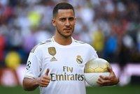 قدّم ريال مدريد الإسباني لاعبه الجديد الدولي البلجيكي إيدين هازارد اليوم الخميس