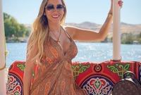 قامت ماريا تريزا ماتوس زوجة لاعب وسط برشلونة الإسبانى أرتورو فيدال برحلة إلى مصر مع شقيقها فيليبى وابنها الأكبر مونيتو فيدال