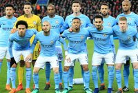 المركز الثاني فريق مانشستر سيتي الذي أنفق 996.2 مليار يورو