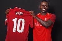 ساديو ماني لاعب نادي ليفربول قادمًا من نادي ساوثهامبتون مقابل 41 مليون يورو