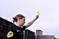 كما تعد فرابرارت هي أول حكم أنثى تدير مباراة في دوري الدرجة الأولى الفرنسي