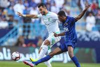 ينتظر عشاق كرة القدم العربية كلاسيكو عندما يواجه الهلال نظيره الأهلي في ذهاب وإياب دور الـ 16 في بطولة دوري أبطال آسيا لأول مرة في تاريخ المسابقة في نظامها الحديث
