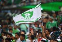 فاز الهلال في 10 مباريات وفاز الأهلي في 3 مواجهات وتعادل الفريقان في 9 مباريات