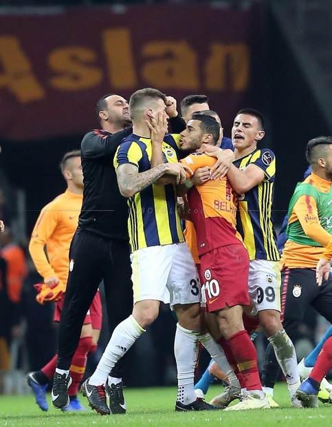 """1- فناربخشة - غلطة سراي ديربي """"إسطنبول"""""""